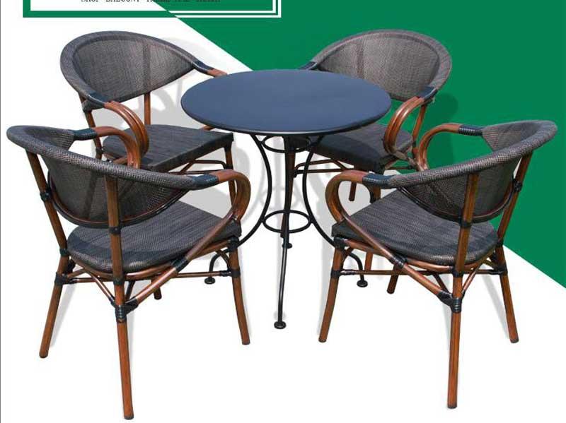 星巴克桌椅06