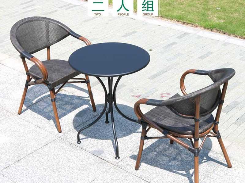 星巴克桌椅01