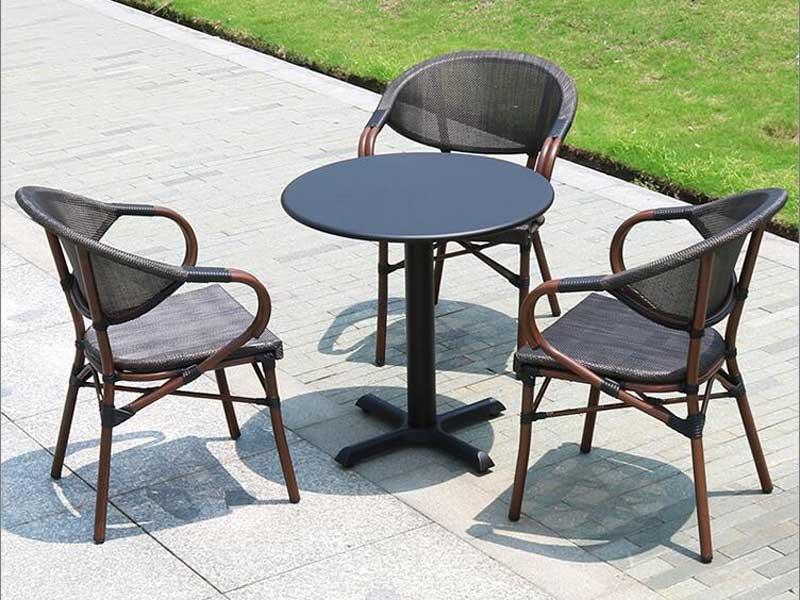星巴克桌椅04
